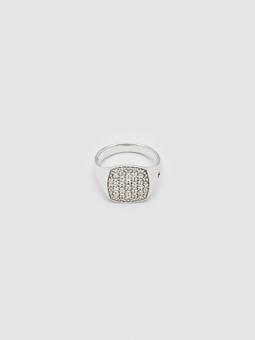 Tom wood Mini Cushion White Topaz Ring Rika studios