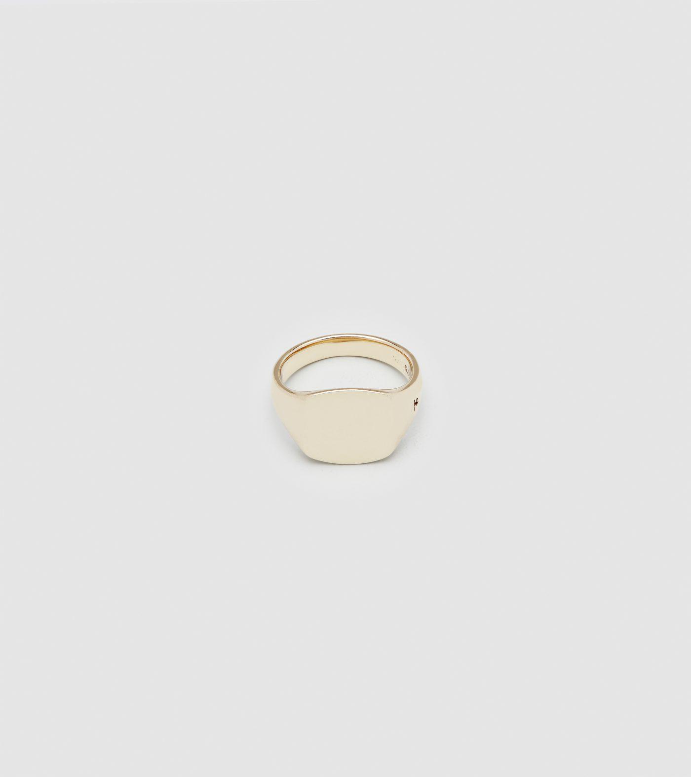 Tom_Wood_Mini_Cushion_Gold_Ring_Rika_Studios